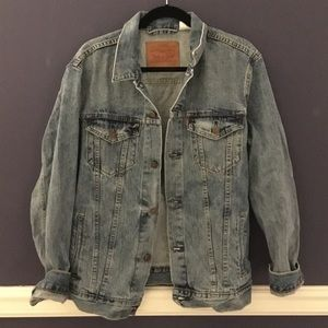 Levi's Oversized Trucker Jacket - Large